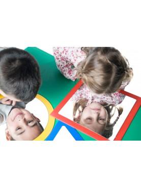 Spiegel: Kreis, Quadrat und Dreieck