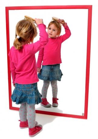 Espejo infantil irrompible de madera